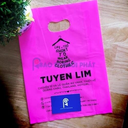 Túi nilon đựng quần áo màu hồng